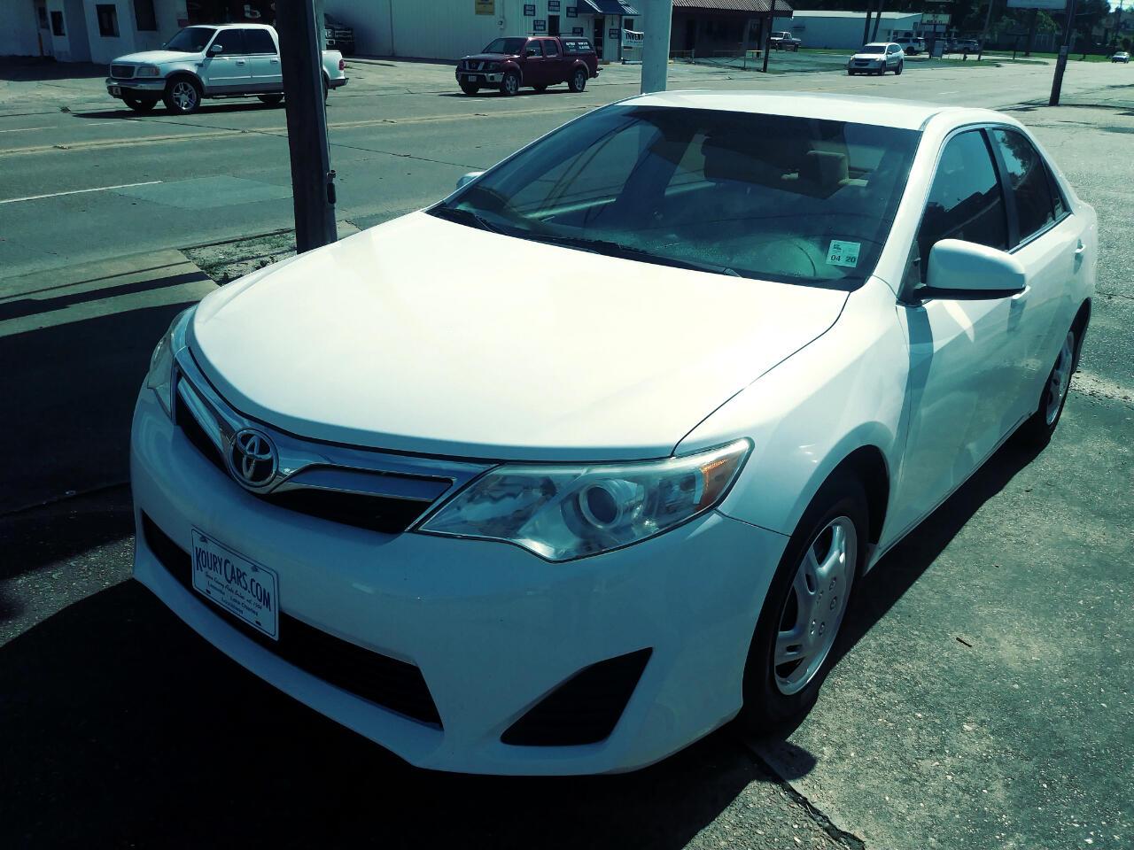 Toyota Camry 4dr Sdn LE Auto 2012