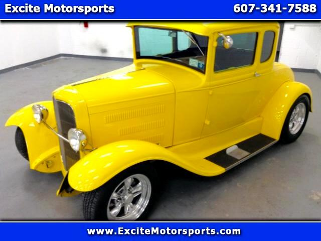 1931 Ford Coupe 5 Window Lowboy