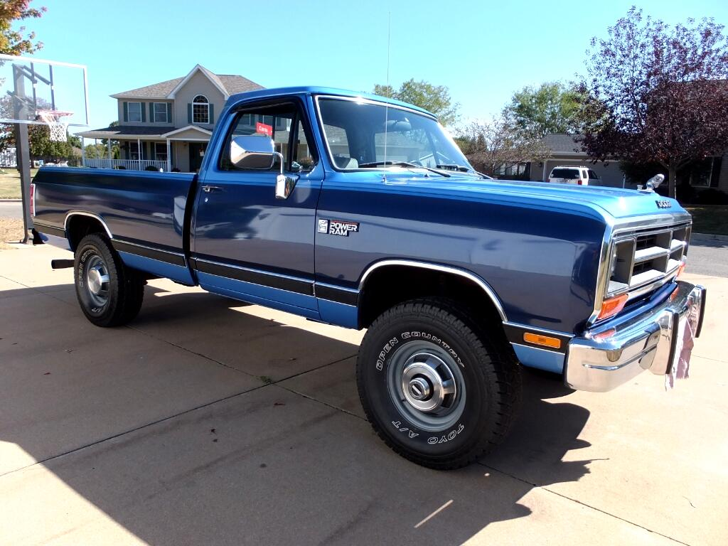 1990 Dodge RAM 250 Reg. Cab 8-ft. Bed 4WD