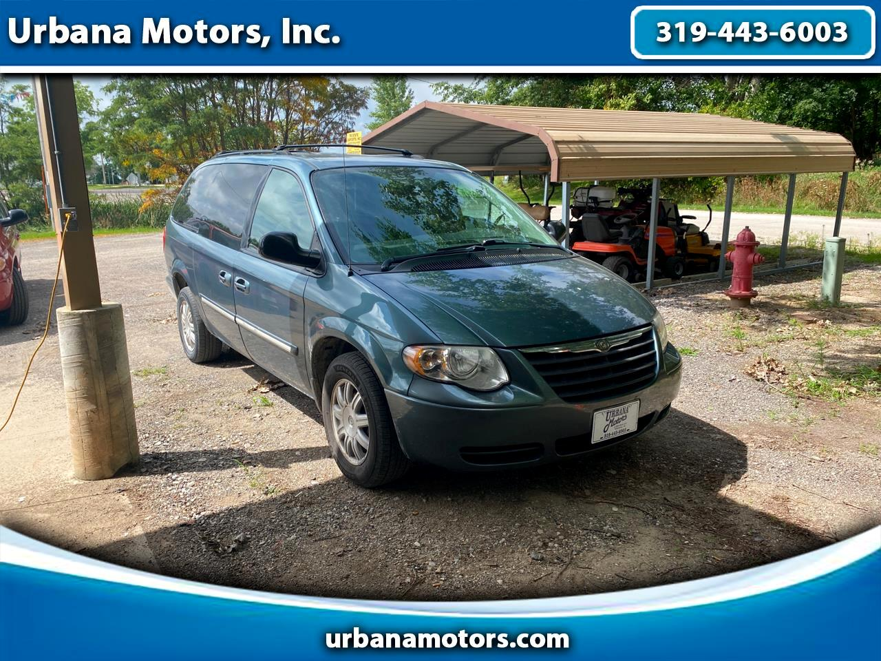 Chrysler Town & Country LWB 4dr Touring 2006