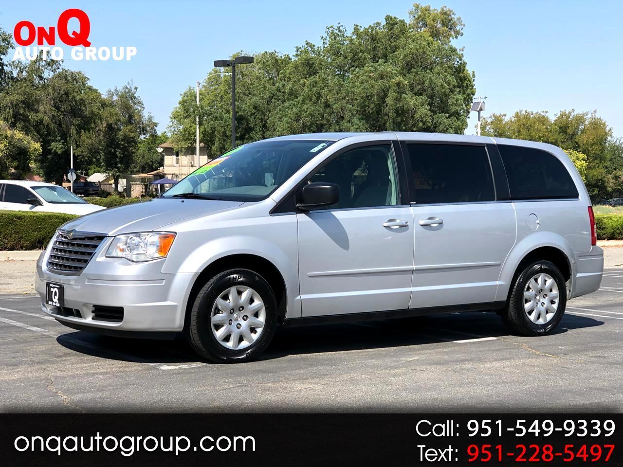 2010 Chrysler Town & Country 4dr Wgn LX *Ltd Avail*