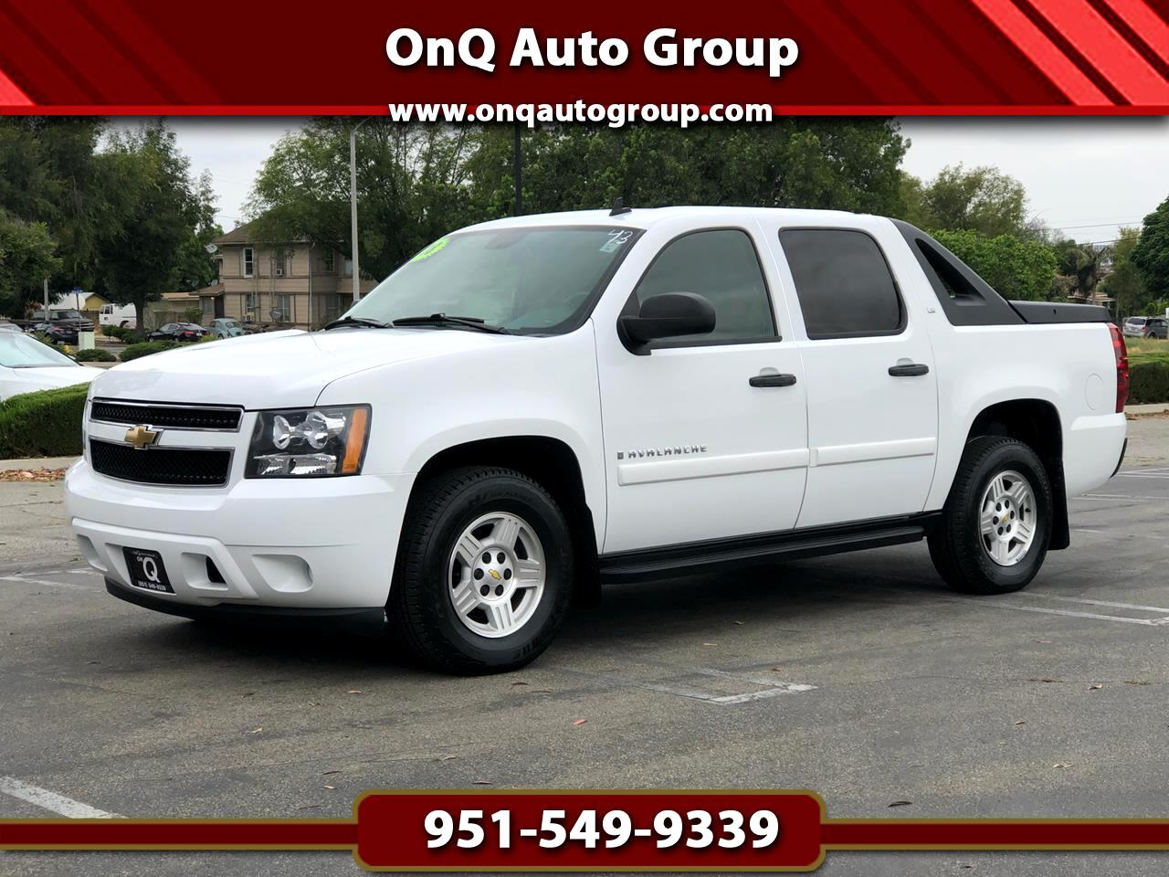 "Chevrolet Avalanche 2WD Crew Cab 130"" LS 2008"