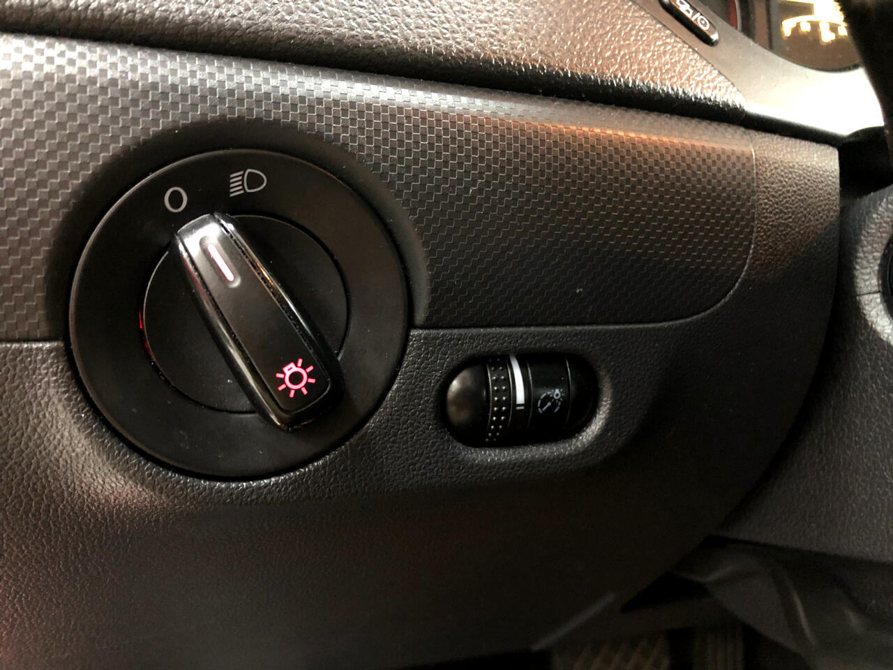 2014 Volkswagen Jetta Sedan 4dr Auto S