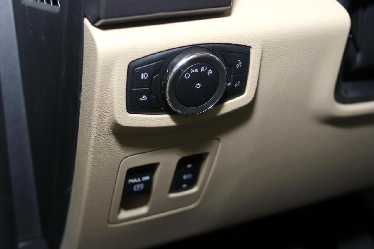 2015 Ford F-150 2WD Reg Cab 145