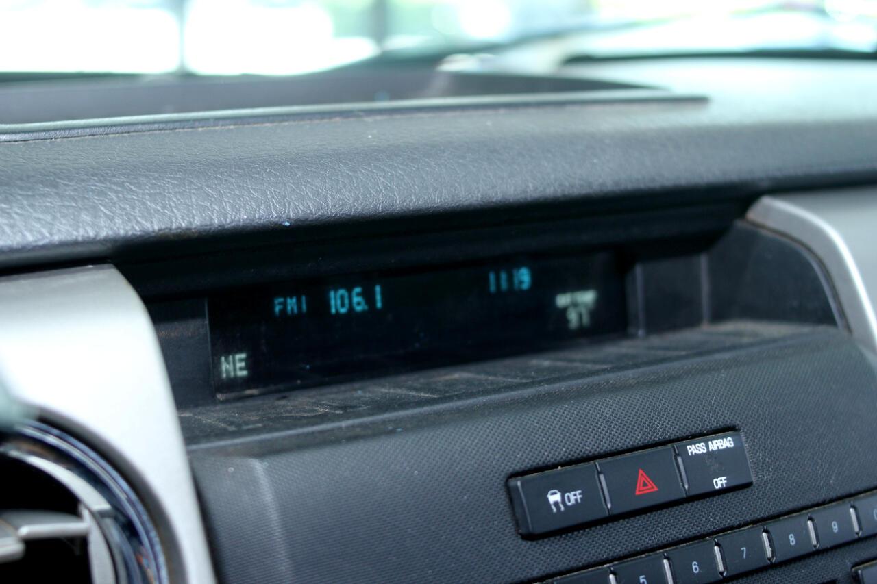 2011 Ford F-150 2WD Reg Cab 145