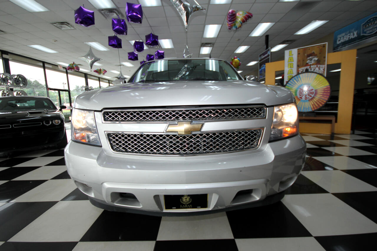2011 Chevrolet Avalanche 2WD Crew Cab LS