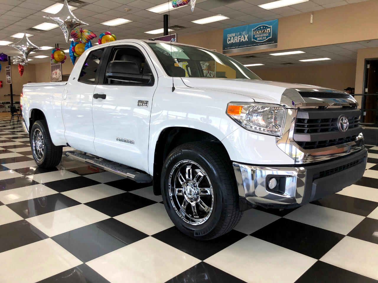 2014 Toyota Tundra 2WD Truck Double Cab 5.7L V8 6-Spd AT SR5 (Natl)
