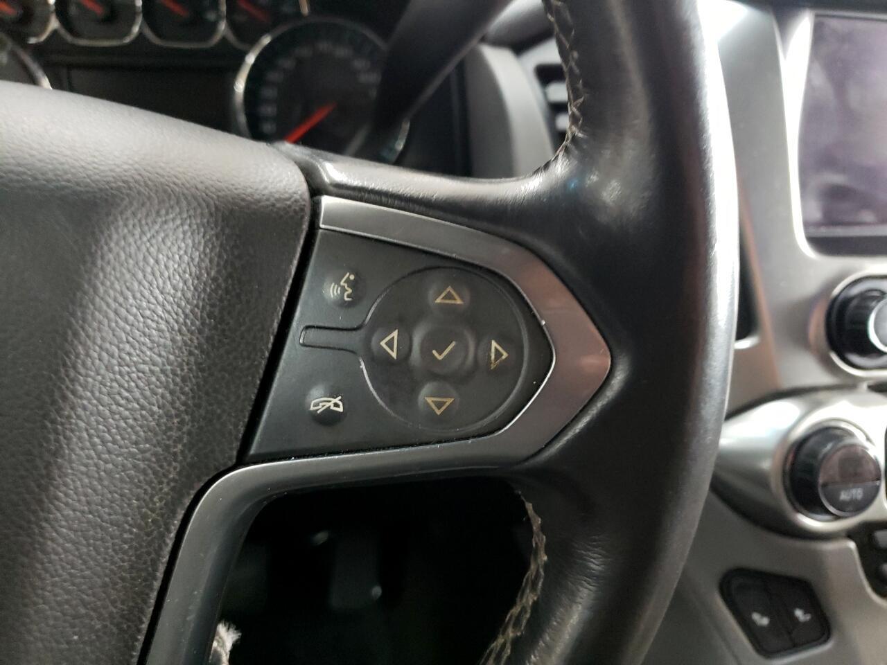 2015 Chevrolet Suburban 2WD 4dr LT