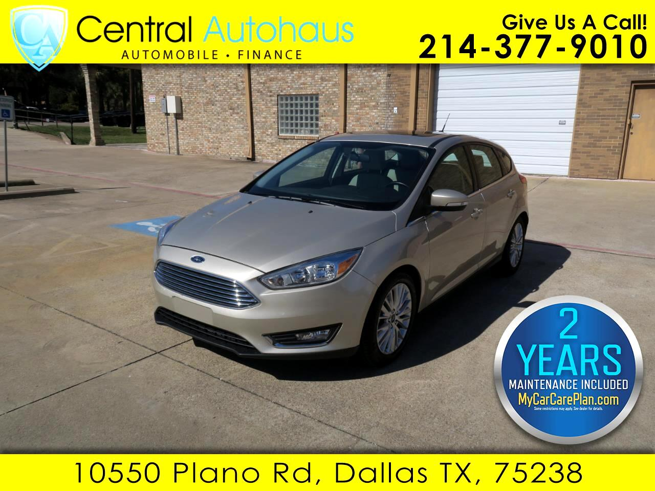 2017 Ford Focus Titanium Hatch