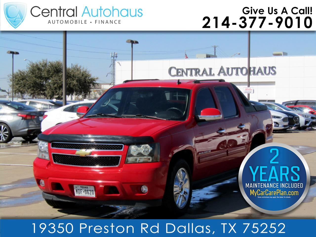 Chevrolet Avalanche 2WD Crew Cab LS 2011