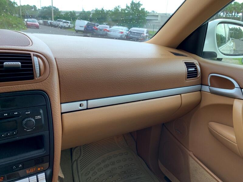 2004 Porsche Cayenne 4dr S