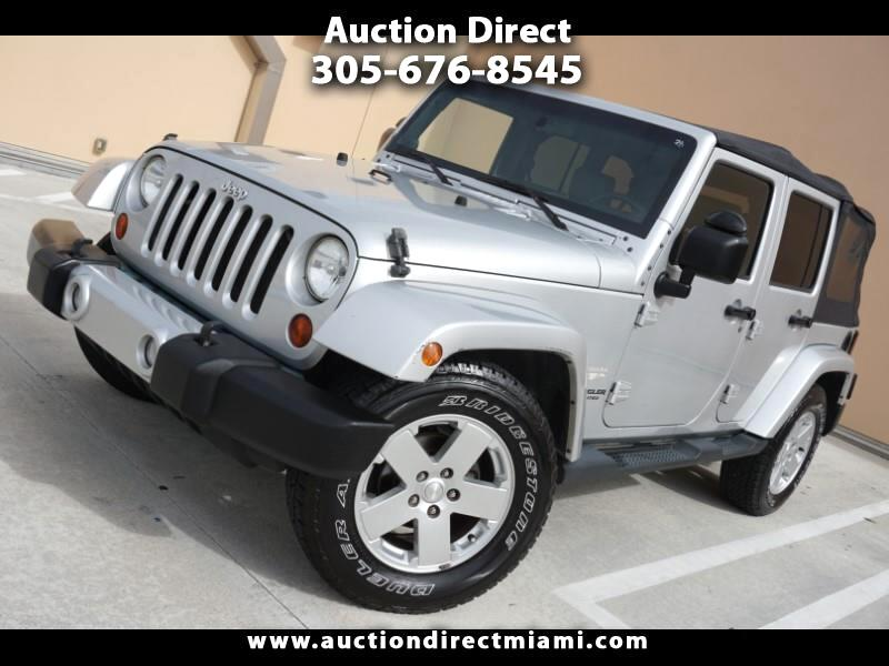 Jeep Wrangler Unlimited Sahara 2WD 2010