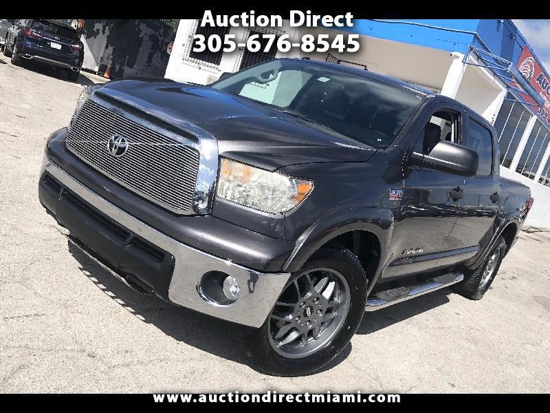 Toyota Tundra Tundra-Grade CrewMax 5.7L 2WD 2011