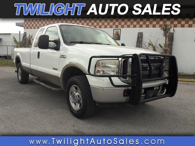 2005 Ford F-250 SD XL SuperCab 2WD