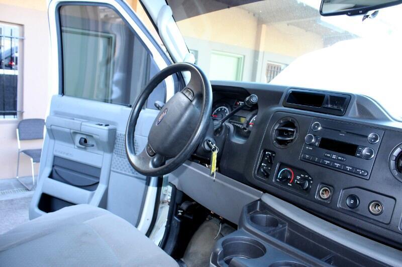 2012 Ford Econoline E-350 XL Super Duty
