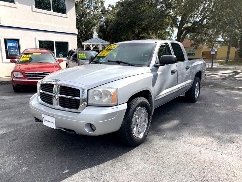 2005 Dodge Dakota 4dr Quad Cab 131 4WD Laramie