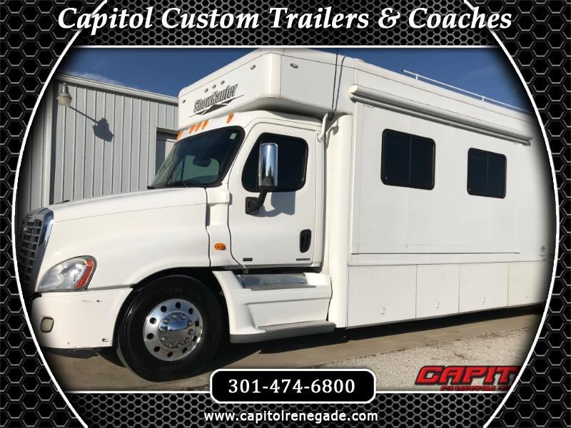 2011 Show Hauler Moterhome SOLD UNIT