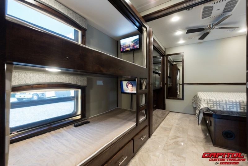 2020 Renegade Classic 40' Motorcoach w/Bunks