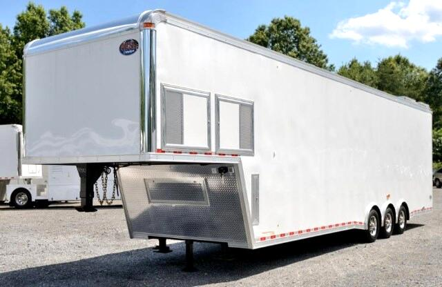 2015 United Trailer 40ft Dirt Late Model SOLD UNIT