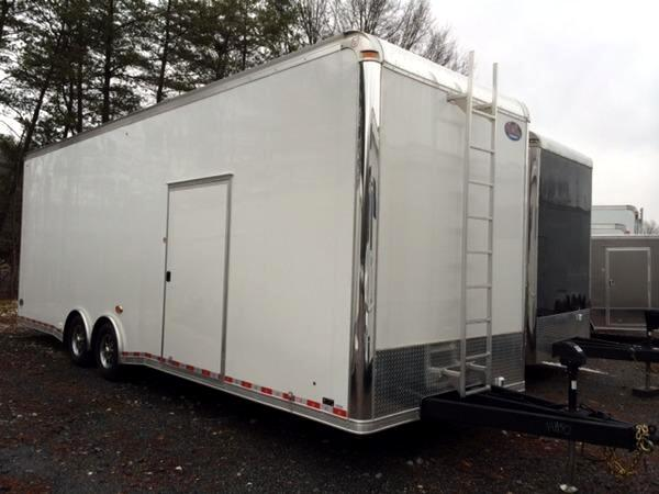 2015 United Trailer 28ft Sprint Car Trailer SOLD UNIT
