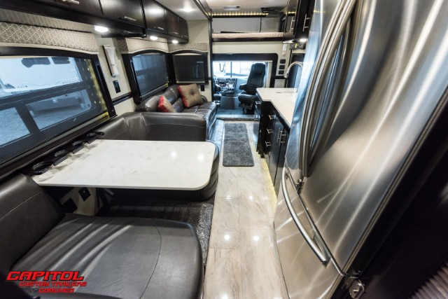 2019 Renegade Classic 45ft Motorcoach w/Bunks