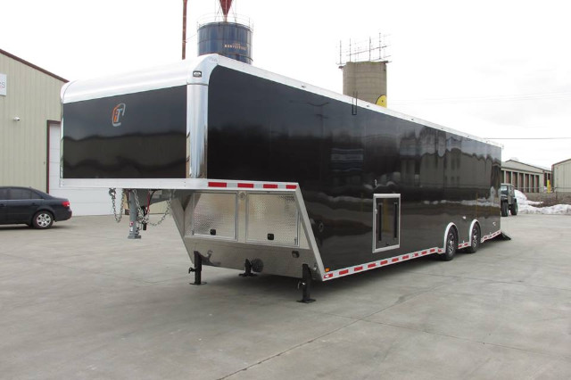 Intech Trailers Gooseneck  2015