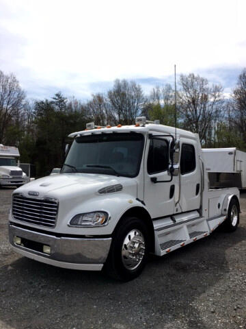 2005 Freightliner Sport Chassis SOLD UNIT
