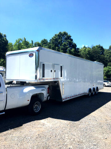 2016 United Trailers Gooseneck 38ft Dirt Late Model SOLD UNIT