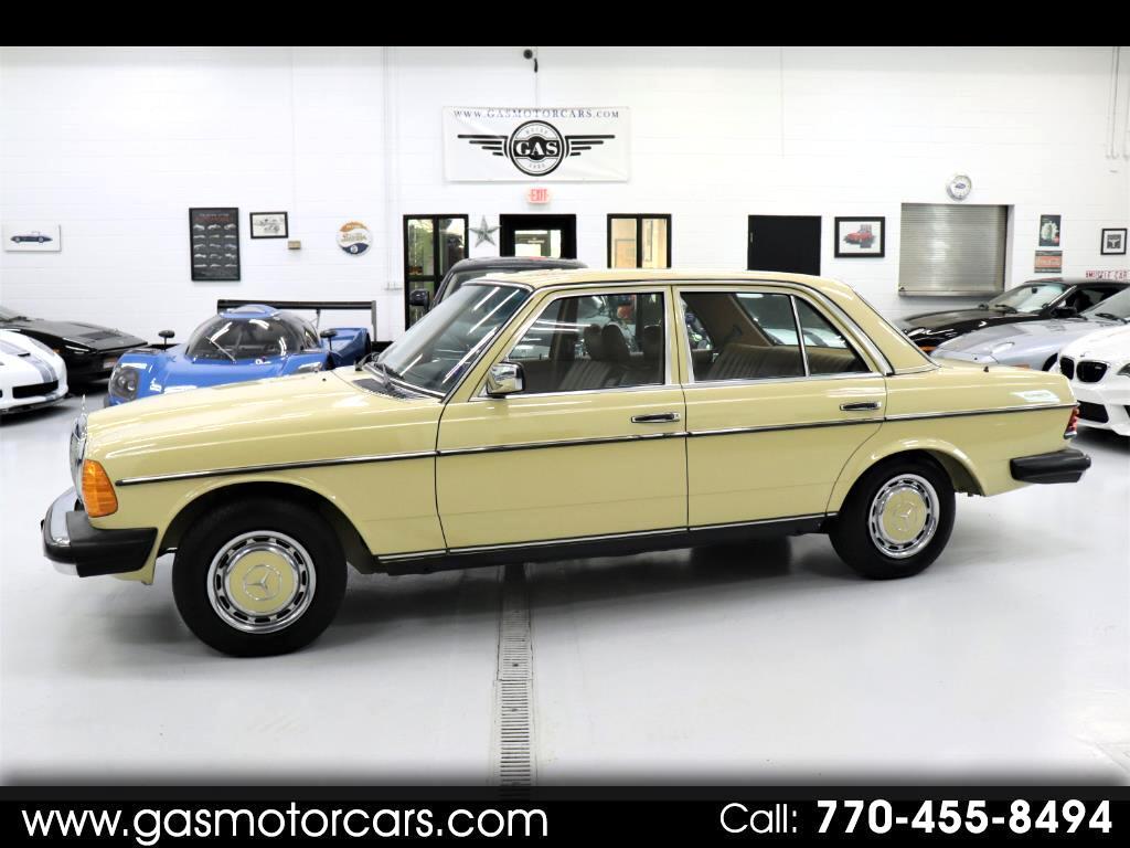 1977 Mercedes-Benz 300 D