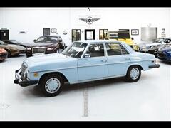 1976 Mercedes-Benz 300