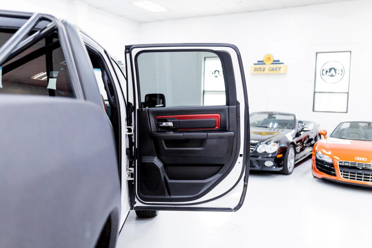 2016 RAM 1500 Rebel Crew Cab SWB 4WD