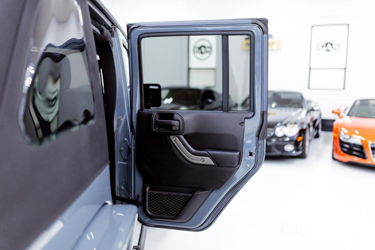 2015 Jeep Wrangler Unlimited Sport 4WD
