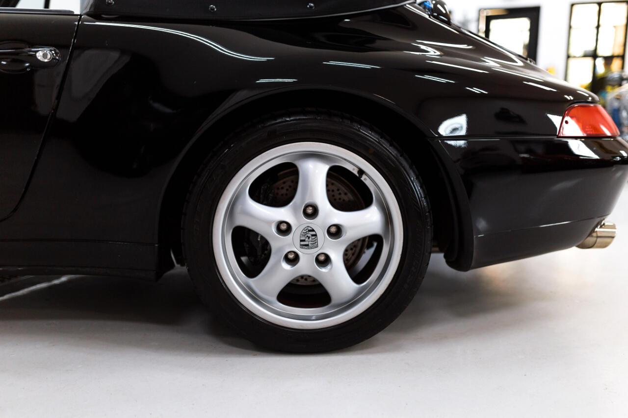 Porsche 911 Carrera Cabriolet 1995