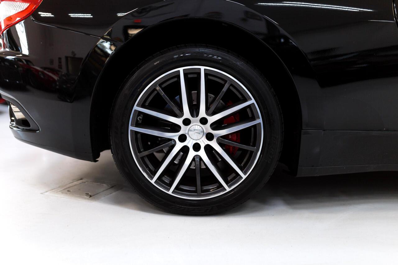Maserati GranTurismo Coupe 2010