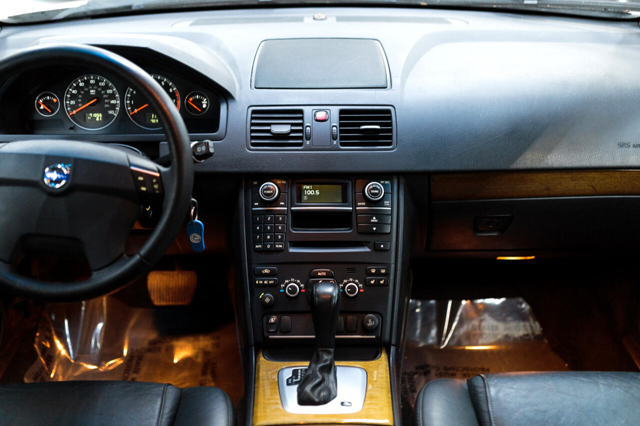 Volvo XC90 3.2 FWD 5-Passenger 2009