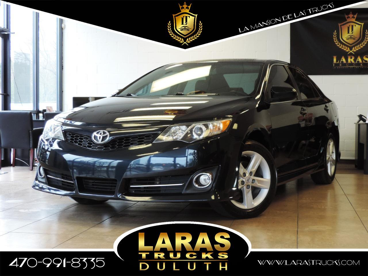 2014 Toyota Camry 4dr Sdn SE Auto (Natl)