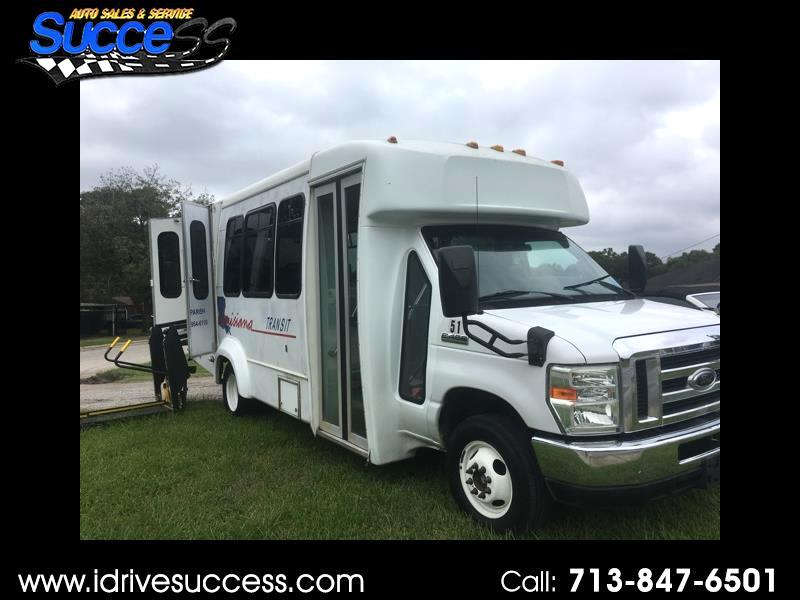 2009 Ford Econoline Commercial Cutaway E-450 Super Duty 158
