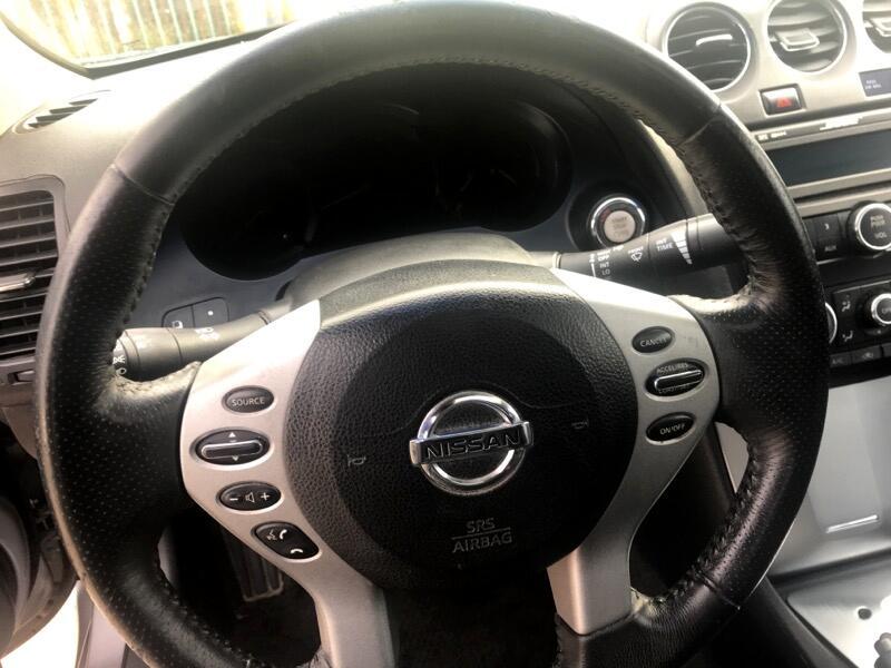 2008 Nissan Altima 2dr Cpe V6 CVT 3.5 SE