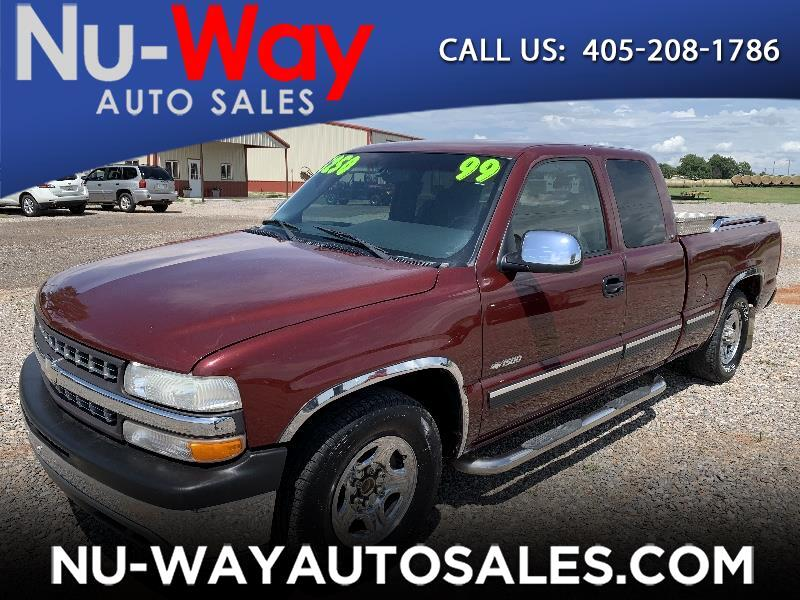 1999 Chevrolet Silverado 1500 LS Ext. Cab Short Bed 2WD