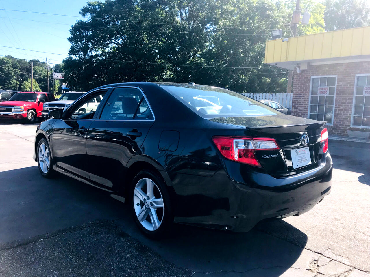 2013 Toyota Camry 4dr Sdn I4 Auto SE Sport Limited Edition (Natl)