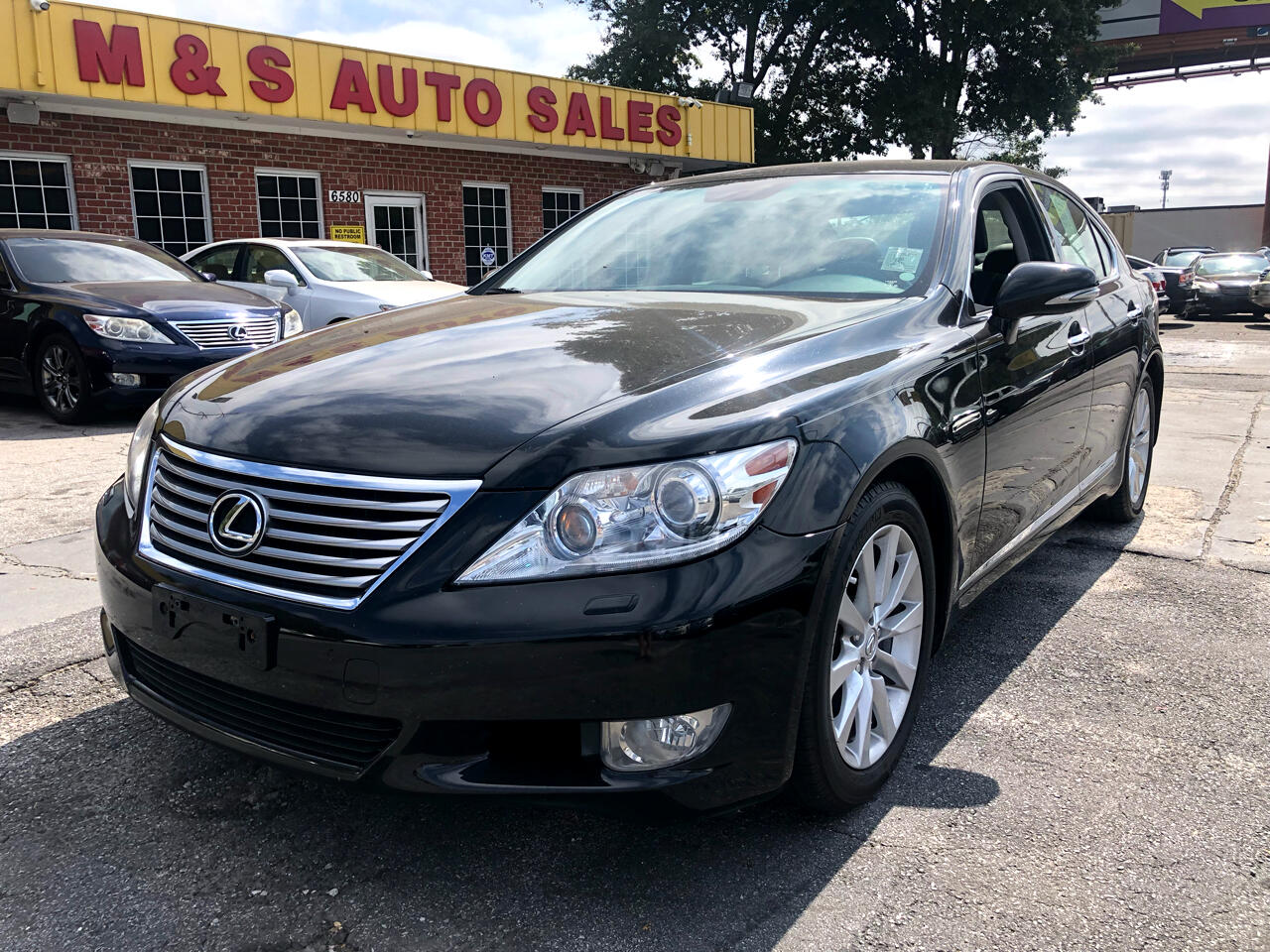 Lexus LS 460 Luxury Sedan AWD 2012