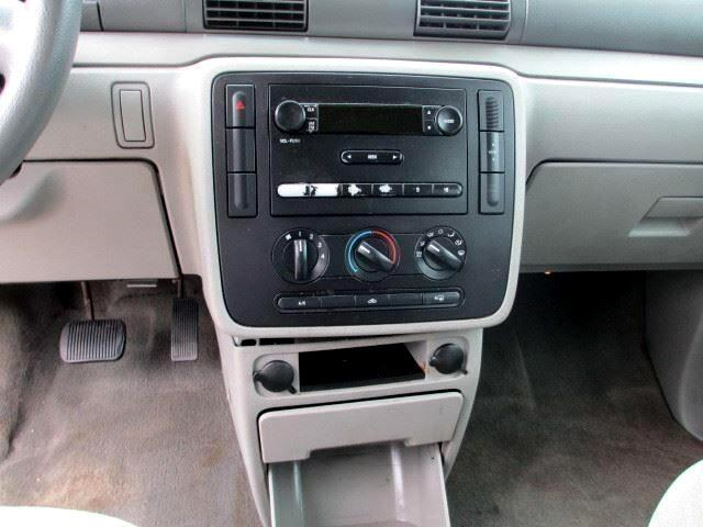 2004 Ford Freestar S