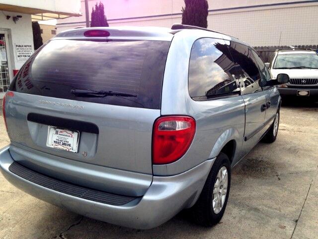 2005 Dodge Grand Caravan SE