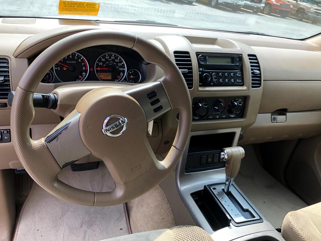 2007 Nissan Pathfinder LE 2WD