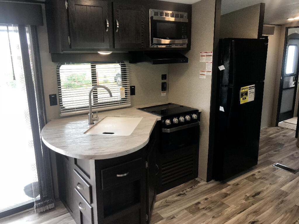 2019 Keystone Springdale SG38FL w/ 2nd Air Unit