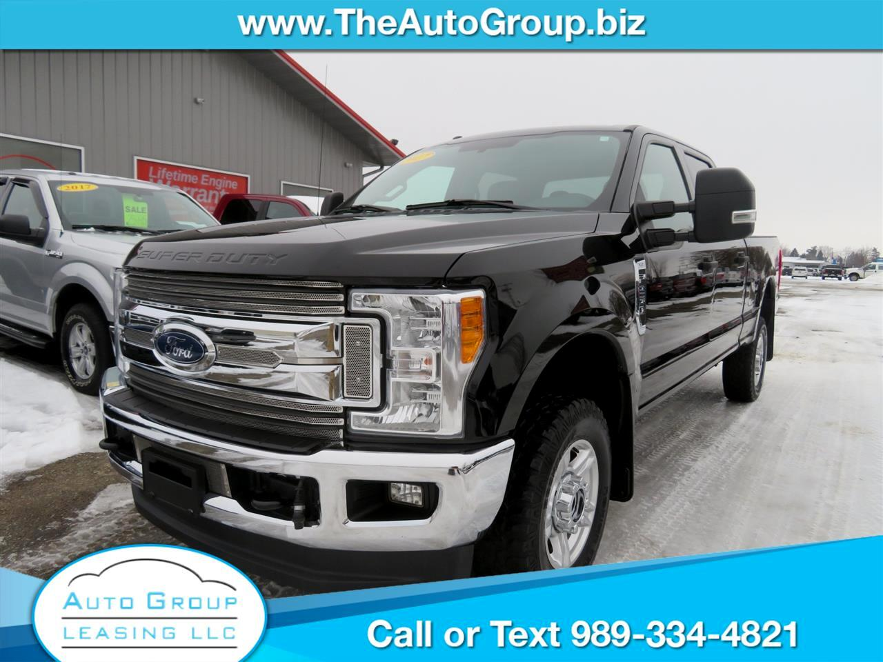 Ford F-250 SD XLT 4WD Crew Cab 8' Box 2017