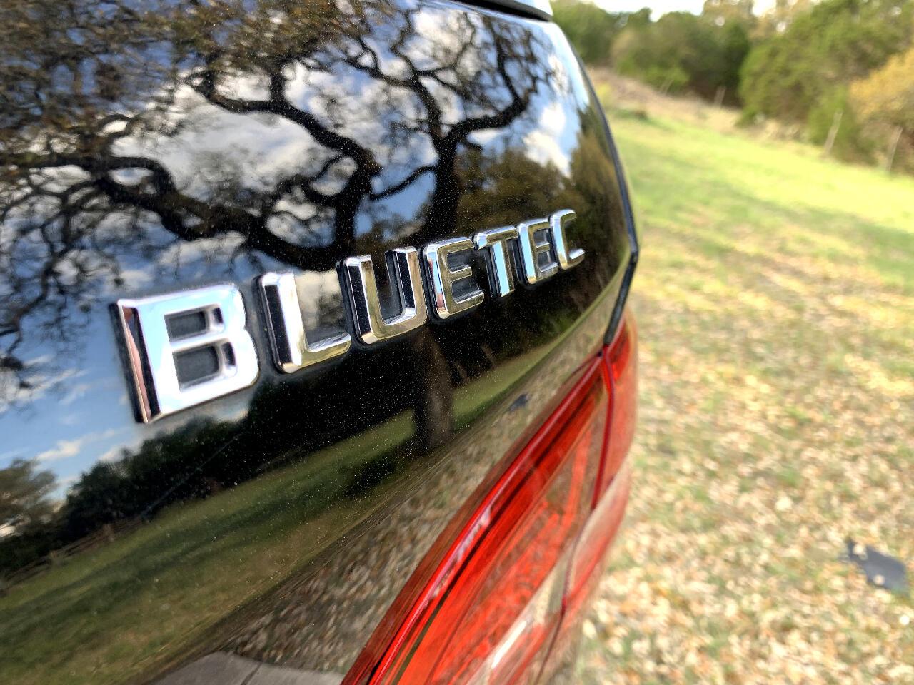 2012 Mercedes-Benz M-Class 4MATIC 4dr ML 350 BlueTEC