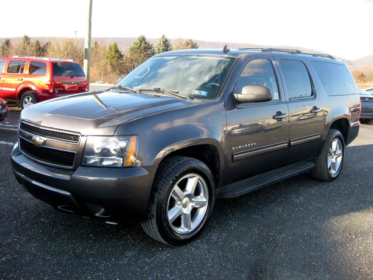 2011 Chevrolet Suburban 4WD 4dr 1500 LS