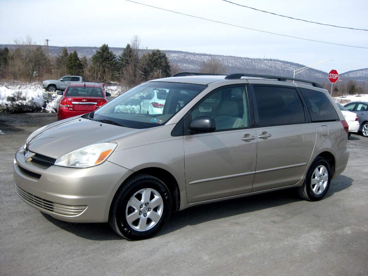 2005 Toyota Sienna 5dr LE