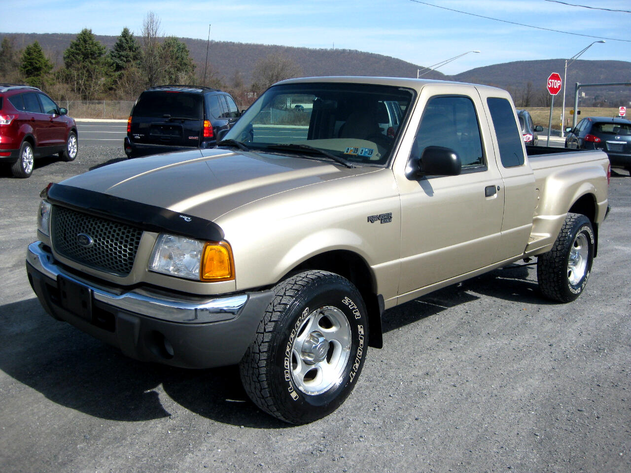 2001 Ford Ranger XLT SuperCab 2-Door 4WD